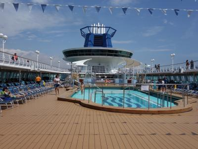 Citi Analysts Disembark From Norwegian Cruise Line, Say Royal Caribbean Looks Ready To Board -  (NCLH), Royal Caribbean Cruises Ltd. (NYSE:RCL) | Benzinga
