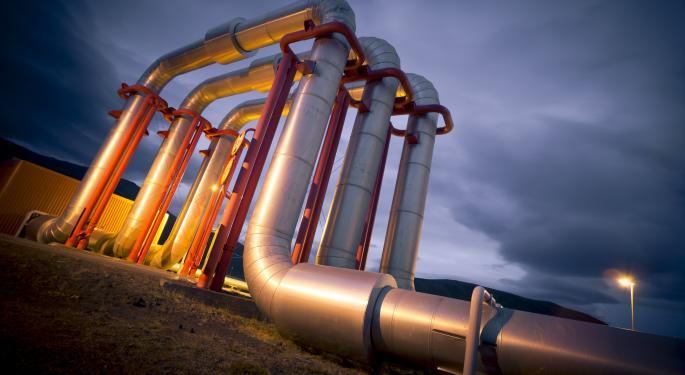 3 Reasons Small-Cap Oil Stocks Should Outperform Big Oil