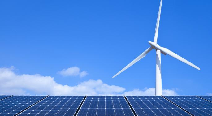 First Solar Plummets on Q4 Results, Weak Outlook