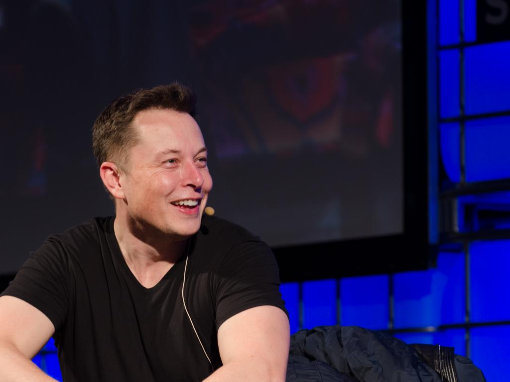 Tesla motors ceo elon musk battery to power home is only 6 - Elon Musk S 100 Day Bet To Build The World S Biggest Battery
