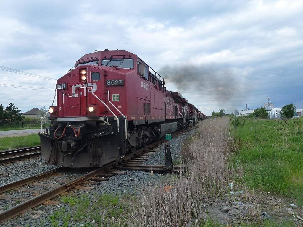 Watching Shares of Canadian National Railway (CNI) — Technical Focus