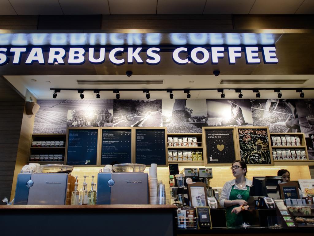 Starbucks Corporation (NASDAQ:SBUX) - Starbucks Removes Christmas ...