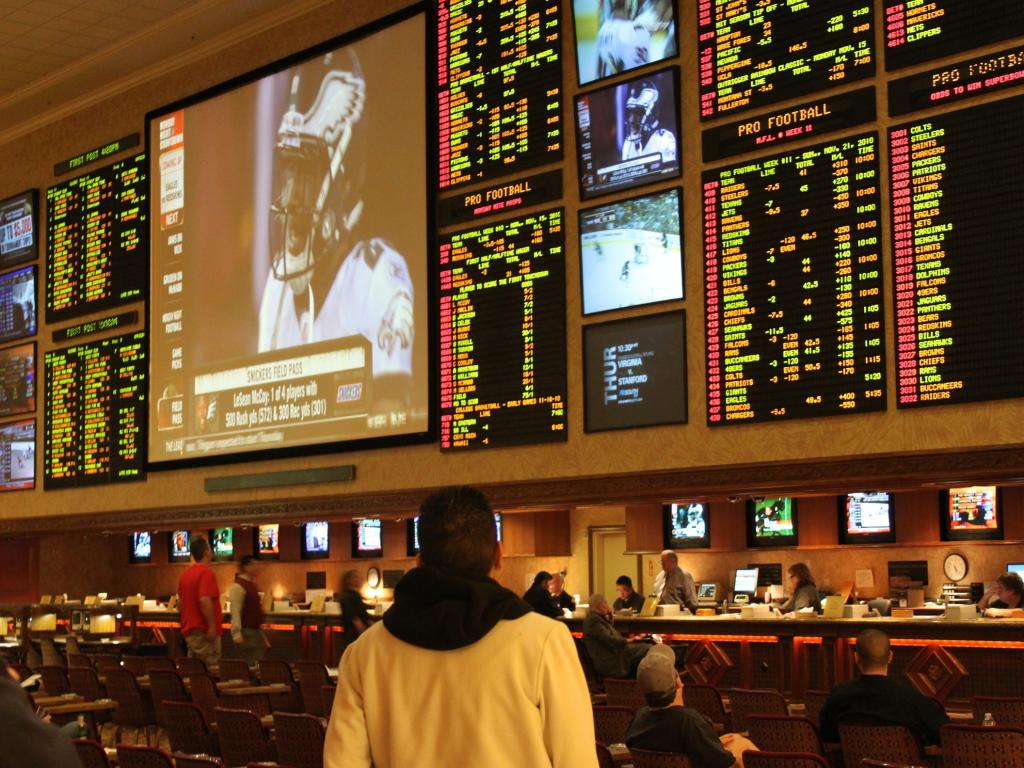 Caesars Partners With DraftKings To Boost Sports Betting