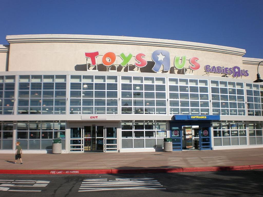 How toys r us bankruptcy will be different from kb toys benzinga how the toys r us bankruptcy will be different from kb toys buycottarizona Images