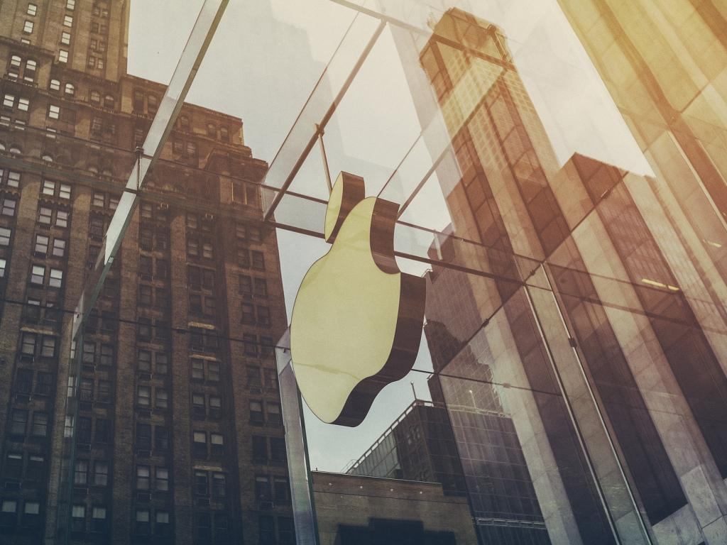 Griping Stock: Apple Inc. (NASDAQ:AAPL)