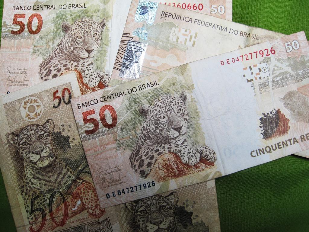 Banco Santander Brasil Upgraded Price Target Raised 39 Credit