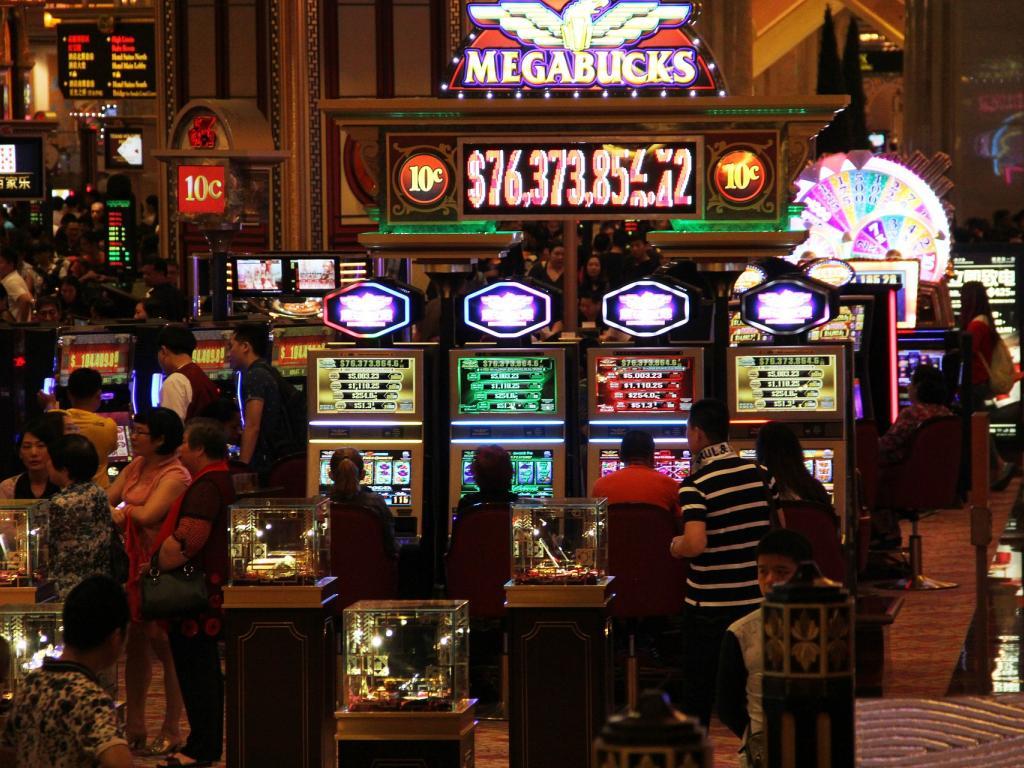 Las vegas gambling stocks mafia illegal gambling