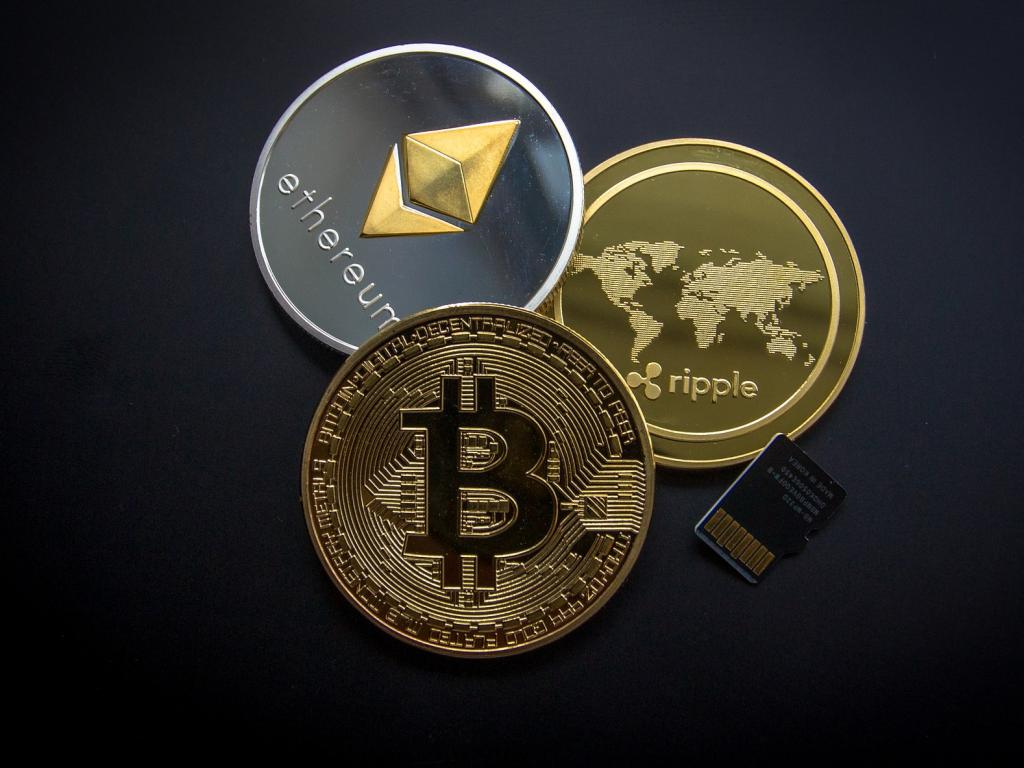 Today In Cryptocurrency: Robinhood Wallet Rumors, Lockup Expiration