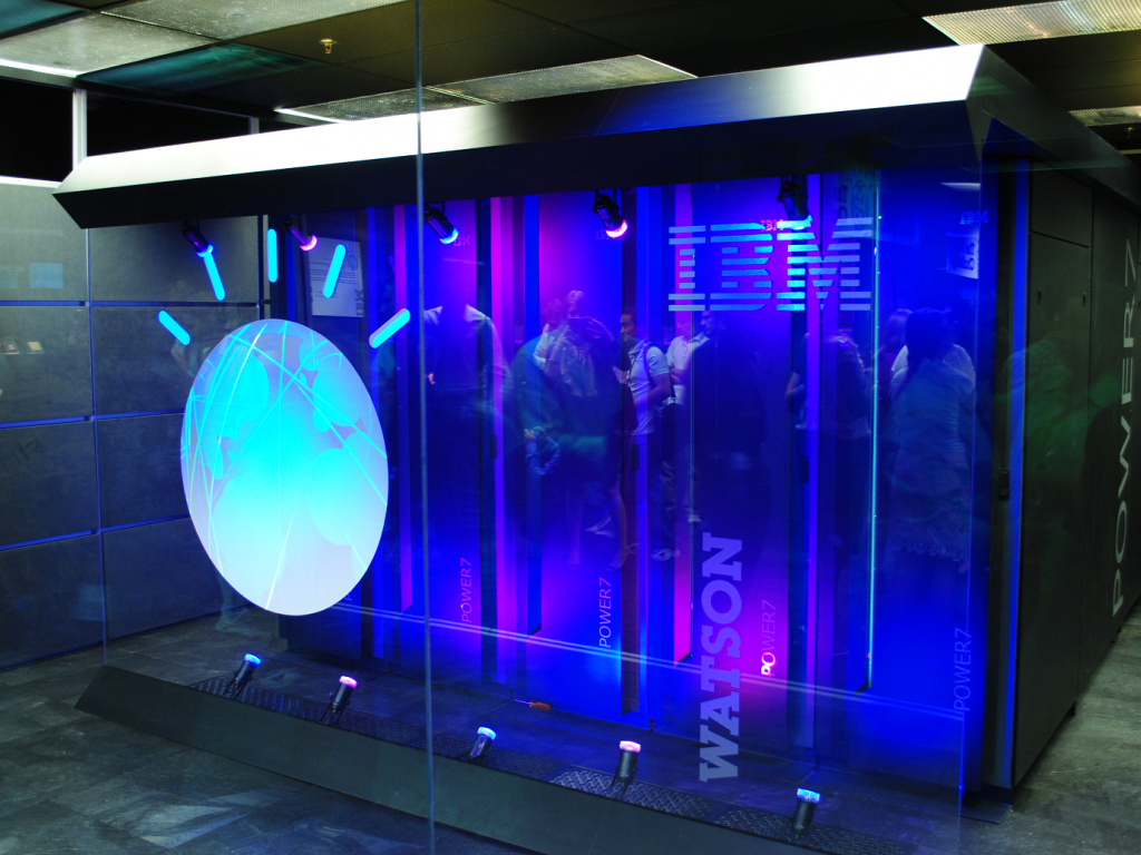 IBM revenue continues to fall