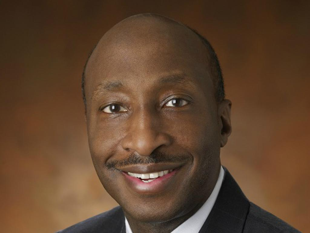 Merck CEO quits Trump advisory council over Charlottesville