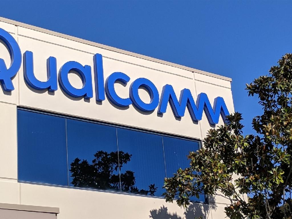 USA judge hammers Qualcomm in antitrust case, shares sink 13%