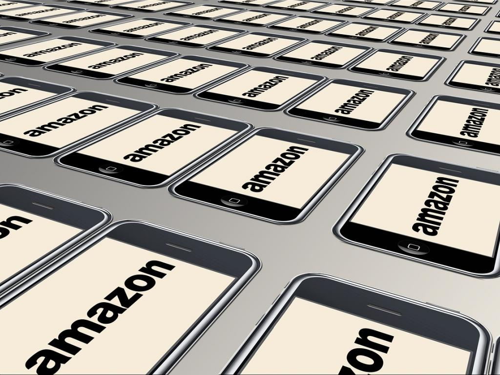 Bitcoin Bites Amazon Acquires Gene Munster's 8 Tech Predictions For 2018