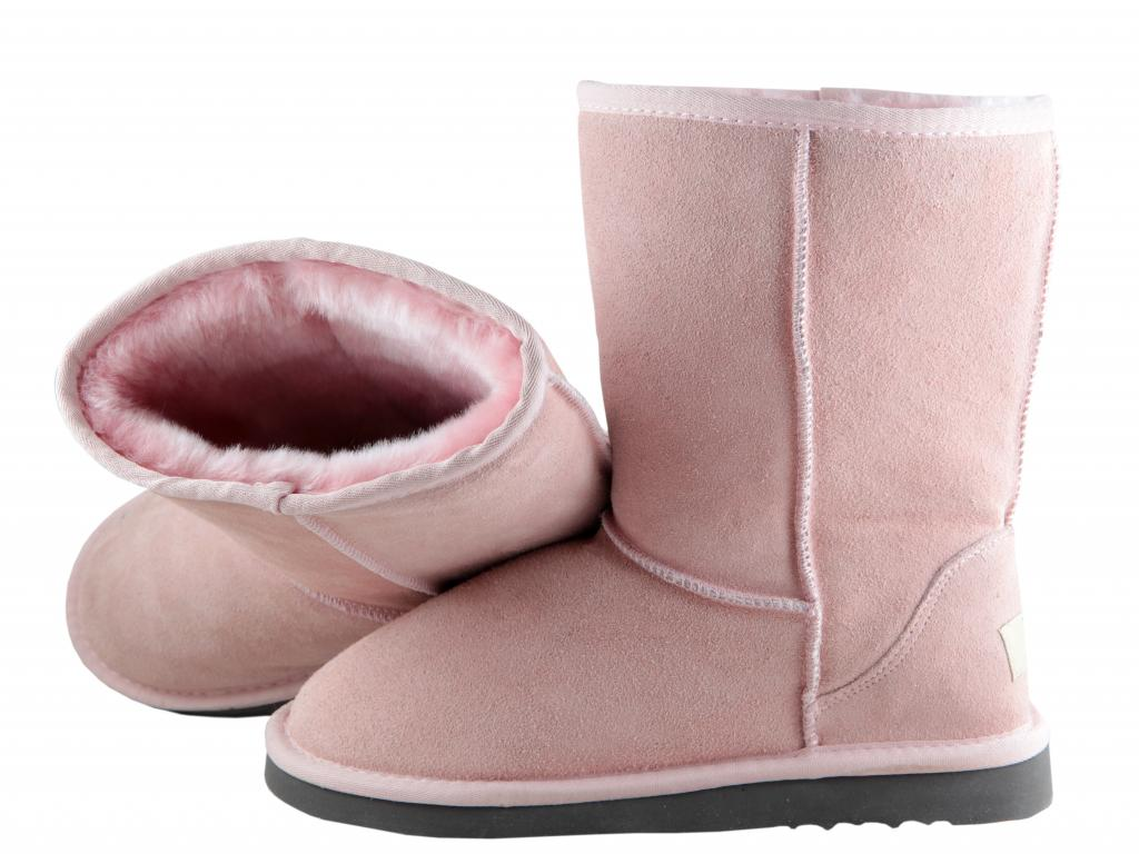 Deckers Outdoor Preview: Did Cold Weather Boost Demand for UGG Boots?