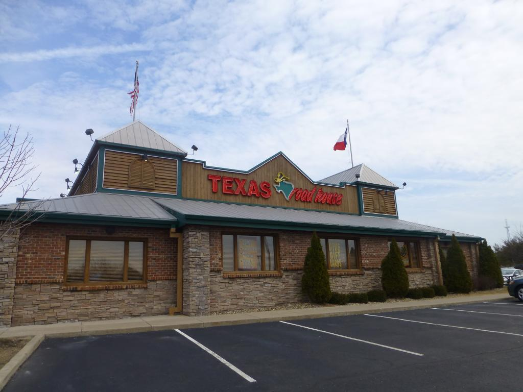 texas roadhouse target market Have a great dinner at texas roadhouse in trexlertown on may 26th to support family promise of lehigh county show a copy of the flyer either on paper.
