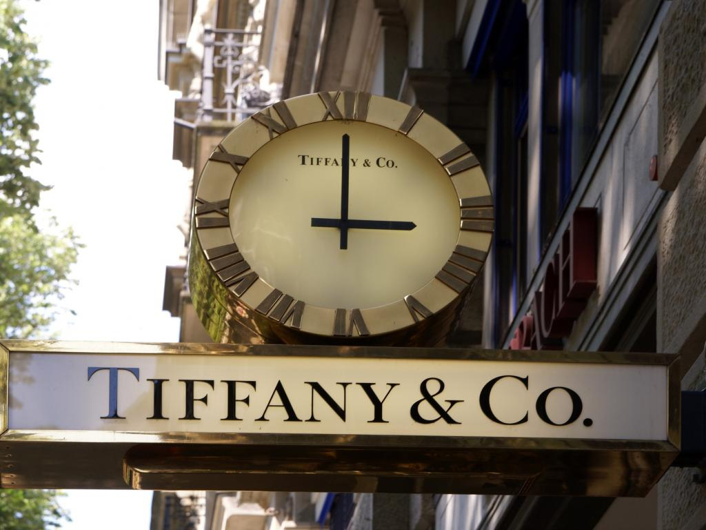 Tiffany's upbeat quarter, higher forecasts push stock to record high