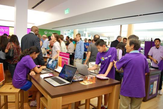 Microsoft Stores Draw Massive Crowds