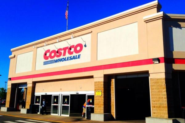 Oppenheimer Upgrades Costco, Highlights 'Attractive Entry Point'