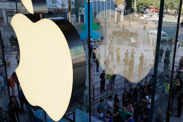 Apple Highlights: 'Significant' China Growth, Apple Watch Sales Estimates & So Much More