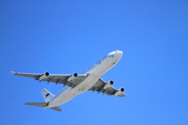 Etihad Airways Selling Aircraft In $1 Billion Deal