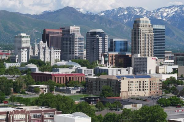 Earthquake Shuts Down Transportation In Salt Lake City Area