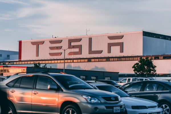 Tesla Gets $1.6B Loan From Chinese Banks For Shanghai Gigafactory