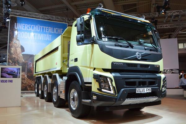Volvo Unveils New Regional-Haul VNR 660 Truck