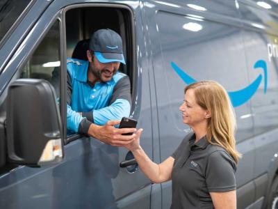 Amazon Raises Minimum Wage To $15/Hour, Impacting 350K Employees (NASDAQ:AMZN) | Benzinga