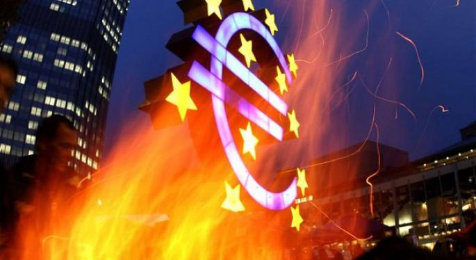 Euro/Dollar Pair First Spikes, Then Plummets on Draghi Comments