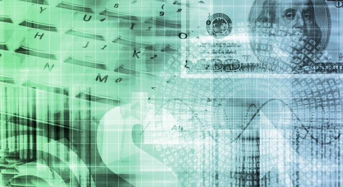 Long Dollar, Long Interest Rates: Does The Stanley Fischer Trade Still Make Sense?