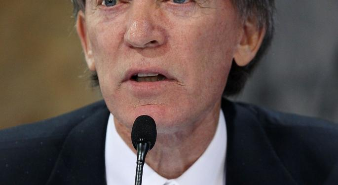 Bill Gross: Fed Will Raise Rates, If Only To Prove They Can