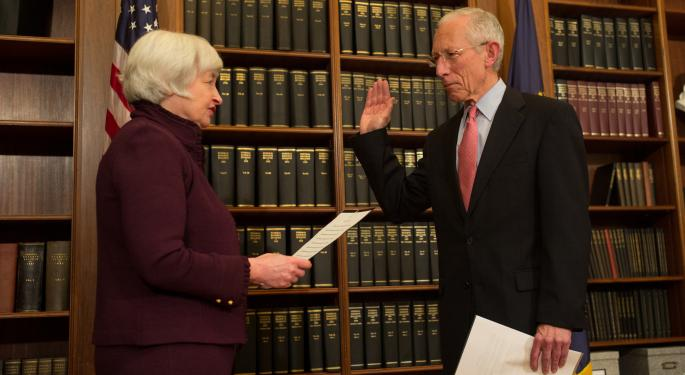 Stanley Fischer To Step Down From The Federal Reserve