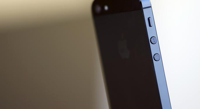 Pacific Crest: We See Risk To Sell-Side Apple iPhone Estimates