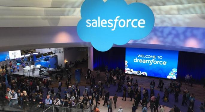 Analysts Back Up Positive Market Reaction To Salesforce's Q1 Earnings