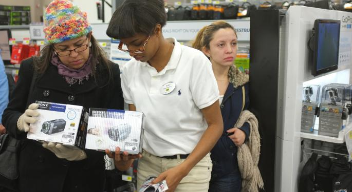 Electronics Retailers Score from Sales on Thanksgiving Day