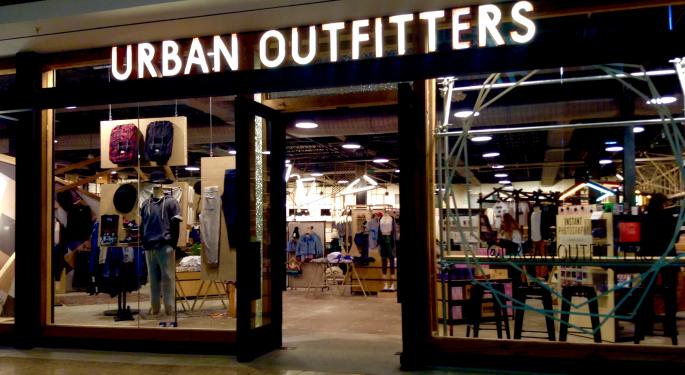 Urban Outfitters Trades Higher After Q2 Earnings Beat
