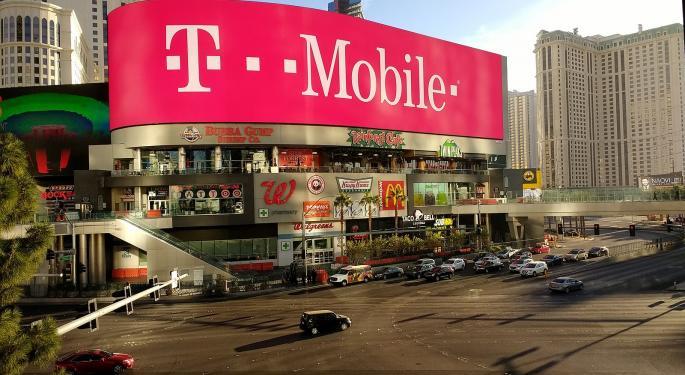 Wells Fargo Analyst: T-Mobile-Sprint Tie-Up Could Progress Next Week