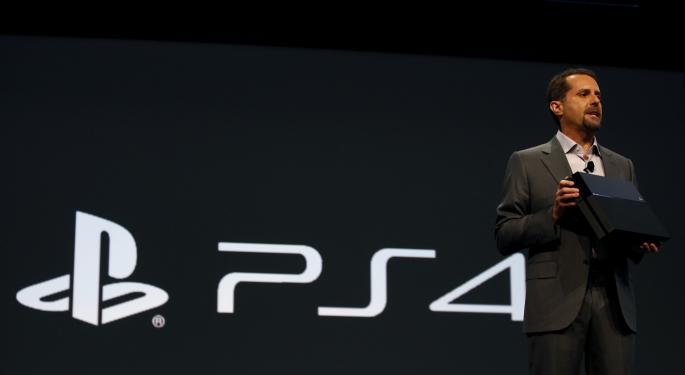 PlayStation 4 Software Pre-Orders Top Xbox One By 55% SNE, MSFT
