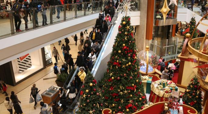 Hold Your Carts; Analysts Say Holiday Shopping Will Be Cheapest in December