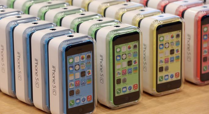 Will Apple Release A Cheaper Smartphone Than iPhone 5C?