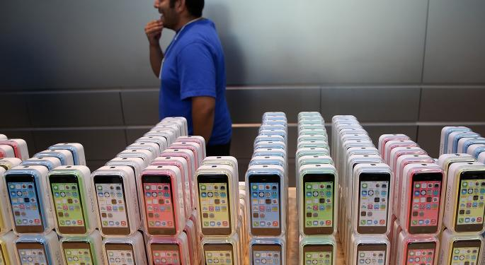 Report: Apple iPhone Shipments Up in 3Q 2013