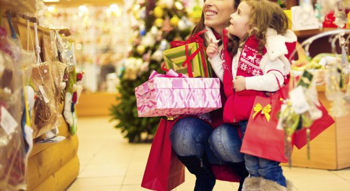 Morgan Stanley Sees Holiday Strength In These 2 Apparel Retailers