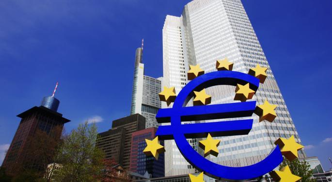 Euro Steady Above $1.36 Despite Draghi's Warning