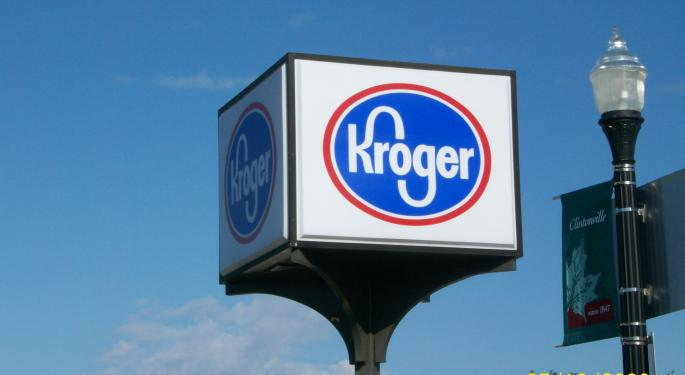 Analyst: Kroger Should Outmuscle Amazon And Bid For Whole Foods