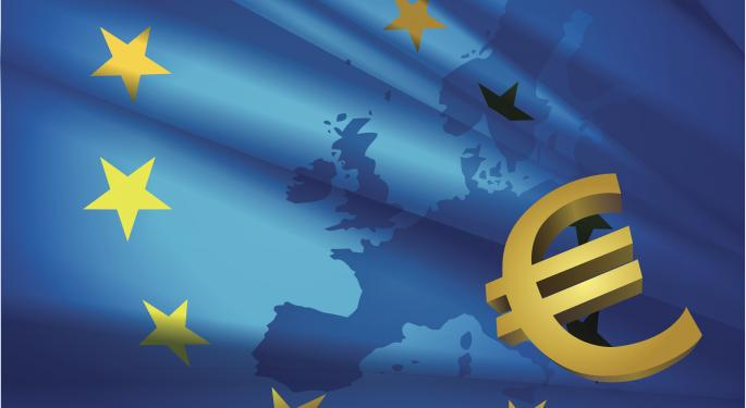 Euro Continues To Lose With GDP Expected To Disappoint