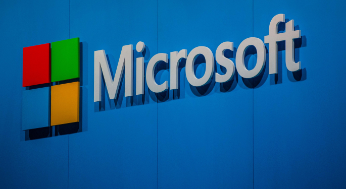 Expert: No Reason To Be Long On Microsoft's Weekly Chart