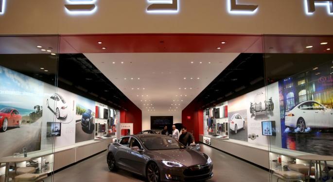 Tesla 'Winning' Battle Versus States In Direct Selling