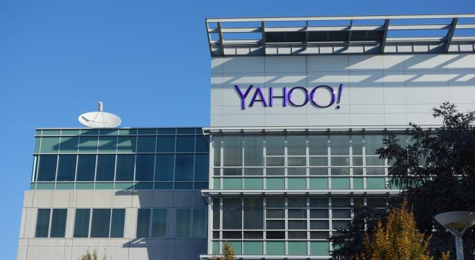 IRS, Treasury Unlikely To Approve Yahoo's Alibaba Spinoff: Capstone Analyst