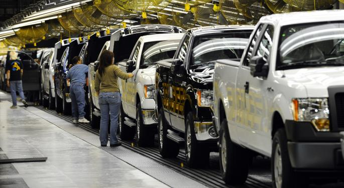Auto Sales Preview: This Firm Sees Strong End To The Year