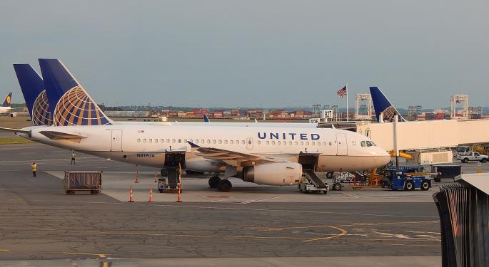 United Confirms Software Problems, But Reservation Provider Sabre Tells Benzinga System Is Not Down