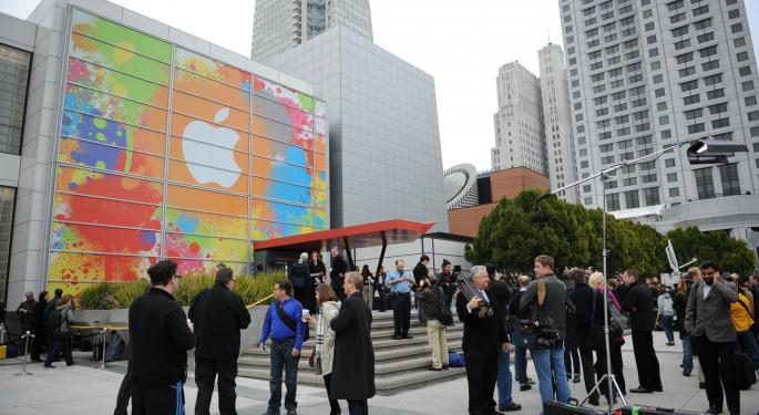 Will Apple Unveil iPad Plus, Retina MacBook Air On March 9? Analyst Weighs In